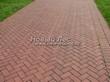 Садовая дорожка из тротуарной плитки (цветная бетонная: розовая, красноватая, кирпичного цвета) - 107