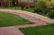Садовая дорожка из тротуарной плитки (цветная бетонная: розовая, красноватая, кирпичного цвета) - 135