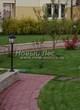 Садовая дорожка из тротуарной плитки (цветная бетонная: розовая, красноватая, кирпичного цвета) - 154