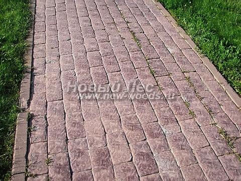Садовая дорожка из брусчатки (бетон, отлив под старину)