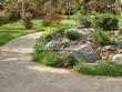 Садовая дорожка из плитняка (швы заделаны цементом) - 147