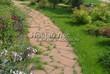 Садовая дорожка из плитняка (камень-пластушка, швы с травой) - 118