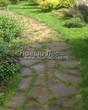 Садовая дорожка из плитняка (камень-пластушка, швы с травой) - 124