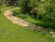 Садовая дорожка из плитняка (камень-пластушка, швы с травой) - 144