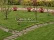 Садовая дорожка из плитняка (камень-пластушка, швы с травой) - 145