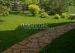 Садовая дорожка из плитняка (камень-пластушка, швы с травой) - 146