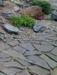 Садовая дорожка из песчаника (швы отсыпаны гравием) - 116