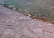 Садовая дорожка из песчаника (швы отсыпаны гравием) - 122