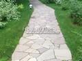 Садовая дорожка из песчаника (швы без наполнения)