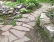 Садовая дорожка из песчаника-пластушки (швы без наполнения) - 101