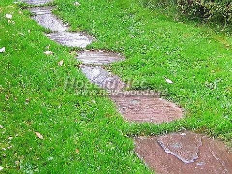 Пошаговая садовая дорожка из плитняка (песчаника)