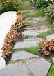 Пошаговая садовая дорожка из песчаника (плитняка) - 112