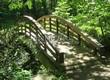 Деревянная садовая дорожка из досок (мостки из дерева) - 107