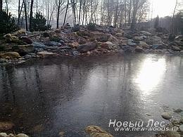 Водоемы - Строительство искусственных водоемов под ключ - Водоем зимой подо льдом